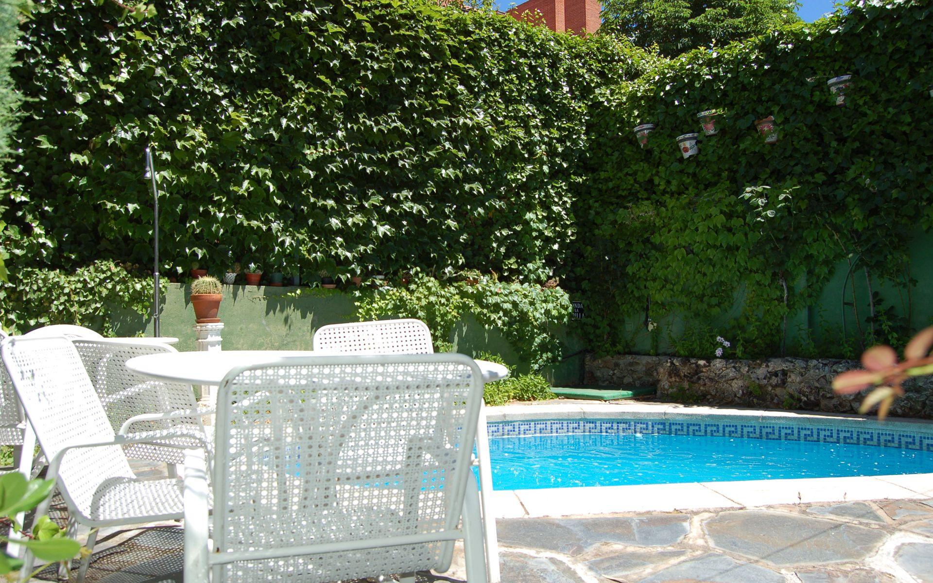 Jardín chalet Umbría
